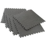 INTERLOCKING FOAM FLOOR MAT